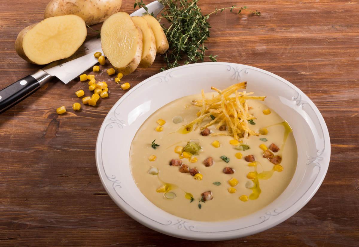 Σούπα με πατάτα, πράσο, γλυκό καλαμπόκι & μπέικον 2